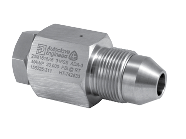 Autoclave Engineers Male / Female Adapter - Medium Pressure