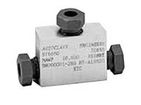 Autoclave Engineers Medium Pressure Tee Fitting - QS