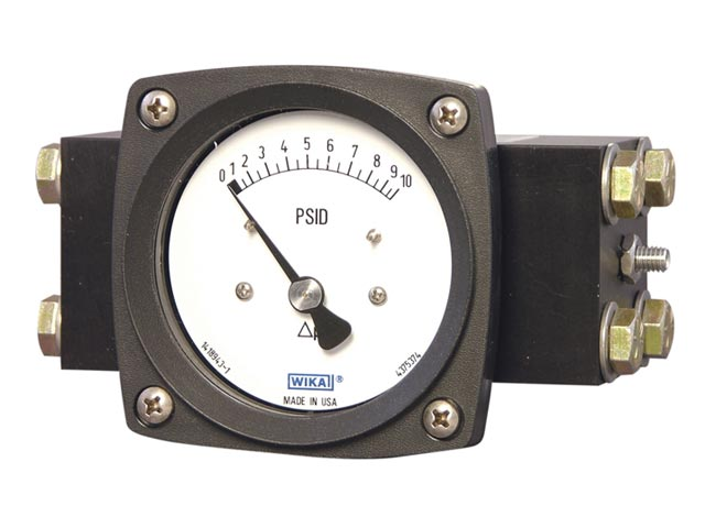 4375331 Wika 4375331 Differential Pressure Gauge Model 700.05 2-1/2 Dial 200 INH₂O 2 X 1/4 NPTF Lower Back Mount Black Thermoplastic Case