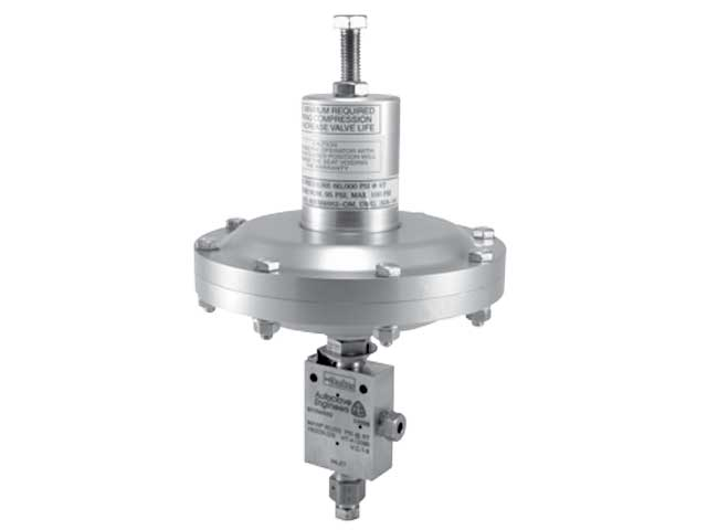 30VM4072-OMTG Autoclave Engineers High Pressure Needle Valve with Diaphragm Style Pneumatic Operated Actuator - 30VM