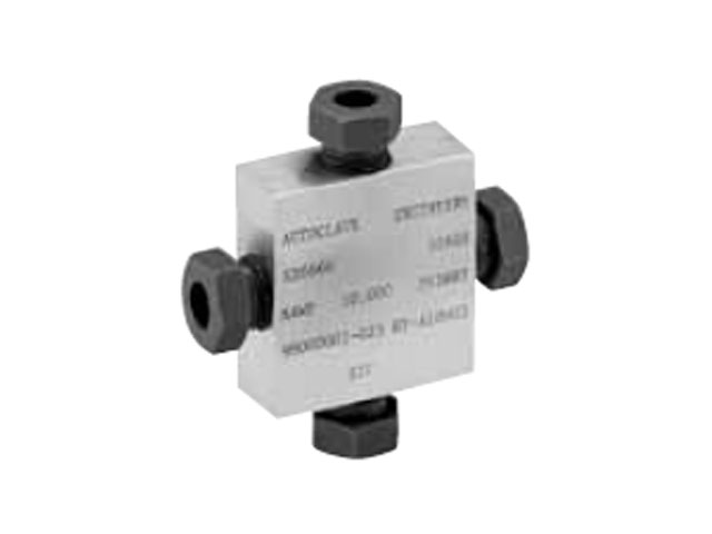 Autoclave Engineers Low Pressure Cross Fitting